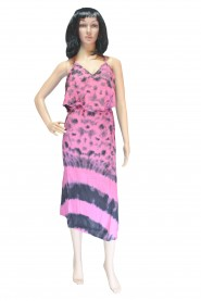 Printed pink cotton gown with trendy look