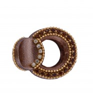 Round-shaped bole brown colour clutcher