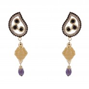 Sizzling dangling earrings with purple hanging bead