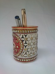 Marble Pen Stand with Jaali work