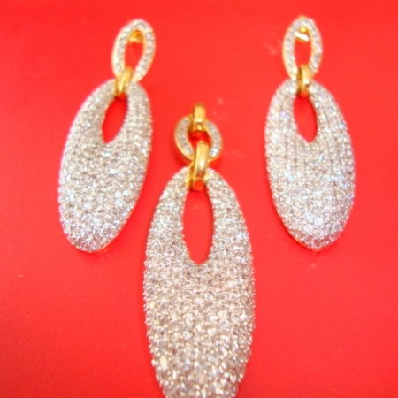 Gold plated Pendent and earring set