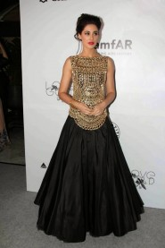 Nargis Fakhri Black Anarkali In Amfar India 2013