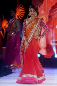 Malaika Arora Khan Red Saree At Walked The Ramp IIFA Collection
