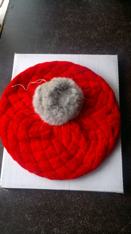 GIRLS' RED WOOLLEN KNITTED BERET, GREAT FOR KIDS FROM 2- 4 YEARS